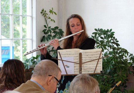 Photo of Lisa Bauer Playing the Flute
